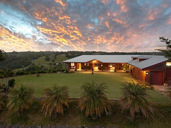 ホテル写真: SWALLOWS REST LUXURY B&B, Maleny