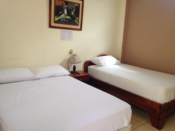 Hotel Pictures: Gladys Mar, Puerto Villamil