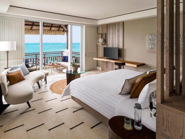 Junior Suite Frangipani Ocean View