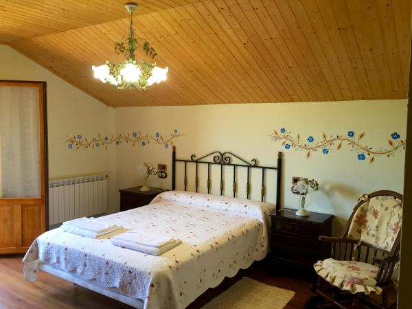 Hotel Pictures: Casa Ana, Sésamo