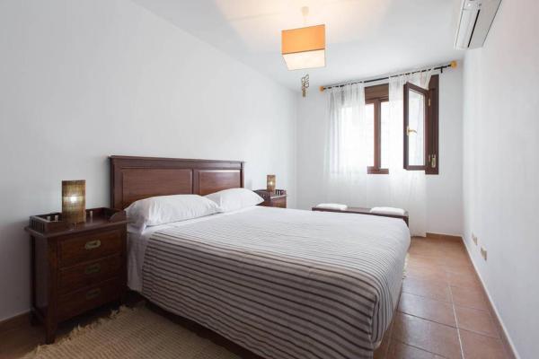 Hotel Pictures: Alojamientos Botica Rural, La Cabrera