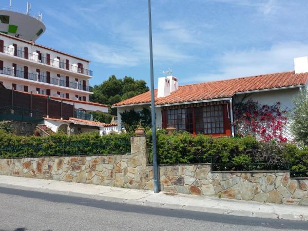 Hotel Pictures: La Maison du Belvedere, Saint-Cyprien