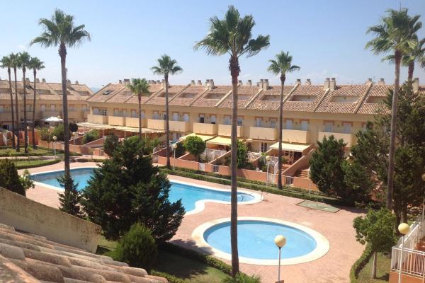 Hotel Pictures: Valencia Flat Rental Perellonet, Valencia