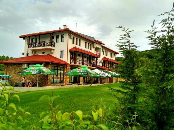 Fotografie hotelů: Family hotel Hefes, Haskovo
