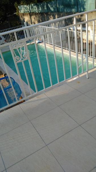 Hotel Pictures: Maison d'été, Mons