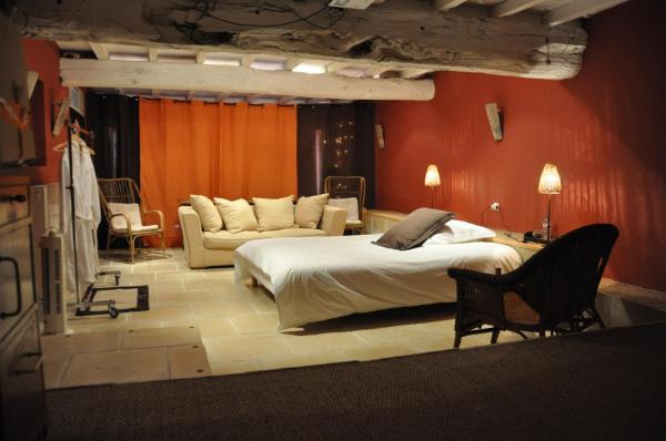 Hotel Pictures: Chambre d'Hôtes La Noue, Saint-Pierre-la-Palud