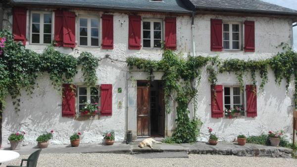 Hotel Pictures: Hôtel Les Bains de Secours, Sévignacq-Meyracq