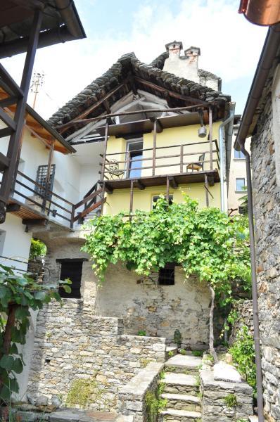 Hotel Pictures: Casa Grillino, Locarno