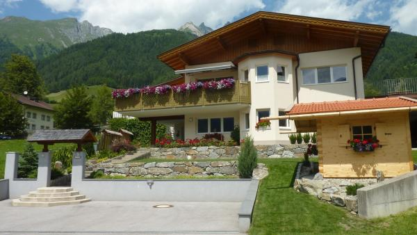 Fotos do Hotel: Ferienwohnung Lejo, Virgen