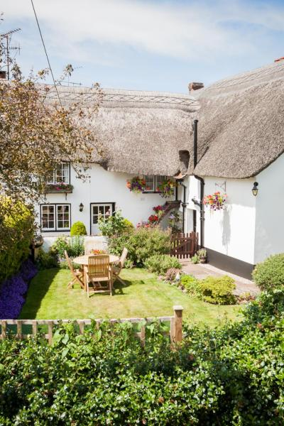 Hotel Pictures: Farmhouse Cottage, Sidmouth