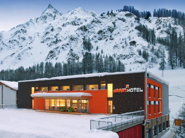 Hotel Pictures: Smart-Hotel, Samnaun