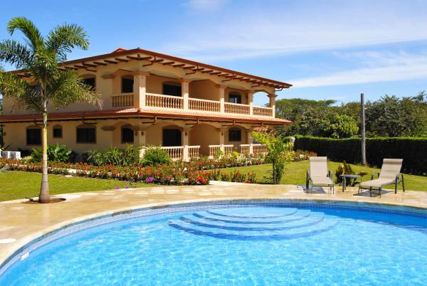 Hotel Pictures: Condominium Villas Venado, Paraíso