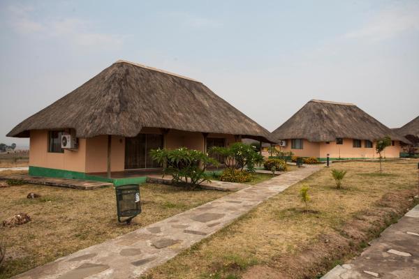 Zdjęcia hotelu: Complexo Turístico Kambumbe Lodge, Menongue