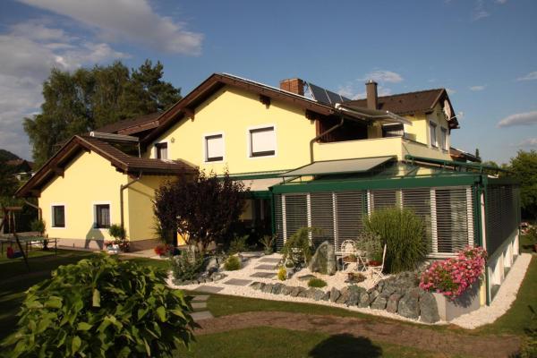 Hotellikuvia: Ferienwohnungen Martha, Obersammelsdorf