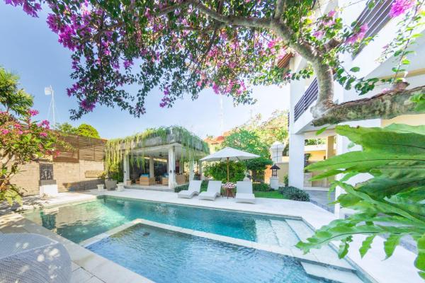 Фотографии отеля: Villa Simone, Джимбаран