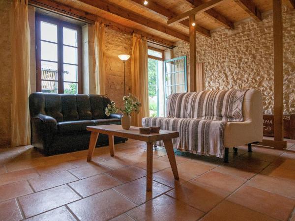 Hotel Pictures: , Saint-Ciers-sur-Gironde