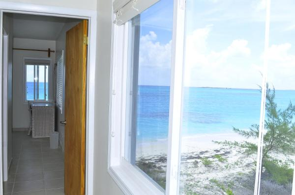 Hotel Pictures: Rayanns Beach House, Alexander
