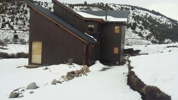 ホテル写真: Cabaña en San Martín de los Andes, Lolog