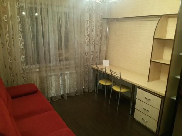 Hotel Pictures: Apartment on Lenina 19b, Soligorsk