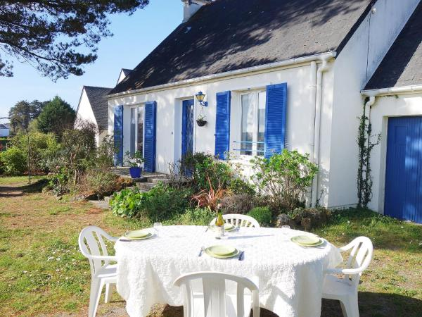 Hotel Pictures: Holiday Home Monteno, Arzon