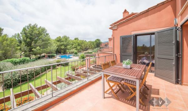 Hotel Pictures: Casa en Bonmont, Bonmont Terres Noves
