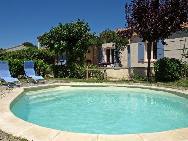 Hotel Pictures: Holiday Home Les Opalines, Oppède