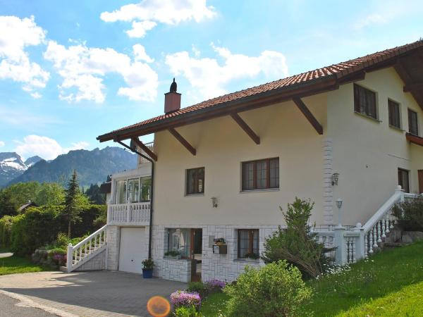 Hotel Pictures: Holiday Home Rohrmatte, Schwarzsee