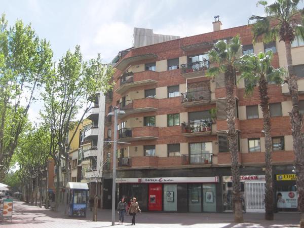 Hotel Pictures: Apartment Moratos, Gavà