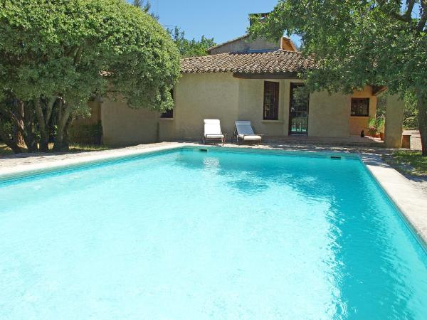 Hotel Pictures: Holiday Home La Jeansona, Ménerbes