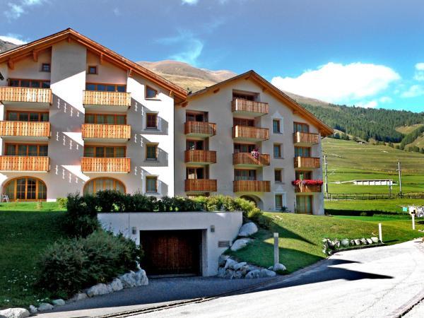 Hotel Pictures: Apartment Chesa Sturnel, Zuoz