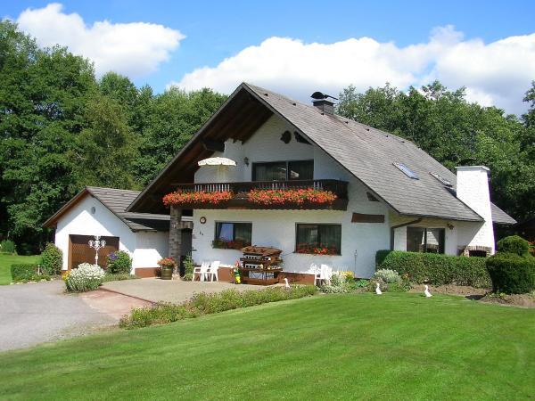 Hotelbilleder: Holiday Home Hildegard.2, Löffingen