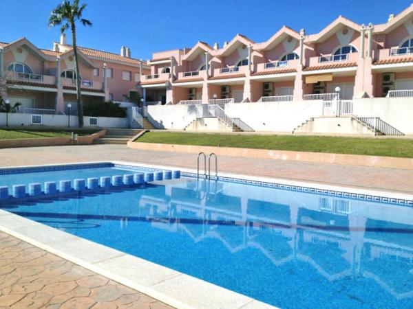Hotel Pictures: Holiday Home Alcanar 01, Les Cases dAlcanar
