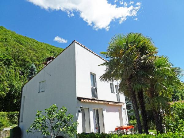 Hotel Pictures: Holiday Home Ronchee, Astano