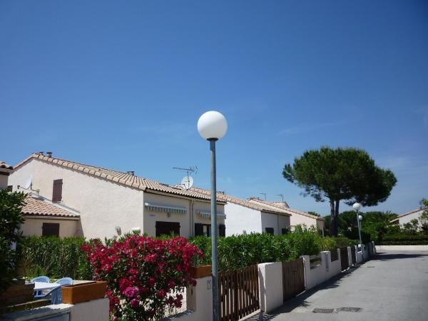 Hotel Pictures: Holiday Park Les Cyclades.1, Saint-Cyprien-Plage