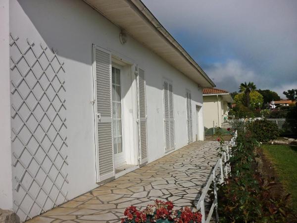 Hotel Pictures: Villa HILLEBRAND, Saint-Martin-de-Seignanx