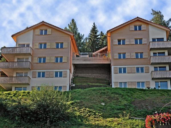 Hotel Pictures: Panoramablick 2, Tschiertschen