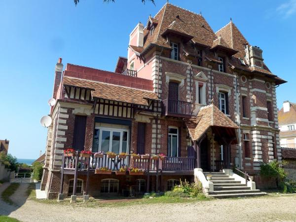 Hotel Pictures: Villa IVY, Deauville