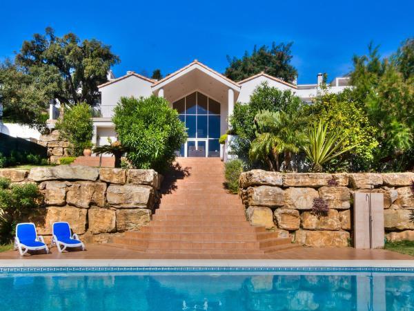 Hotel Pictures: Villa Las Jacarandas, Ojén