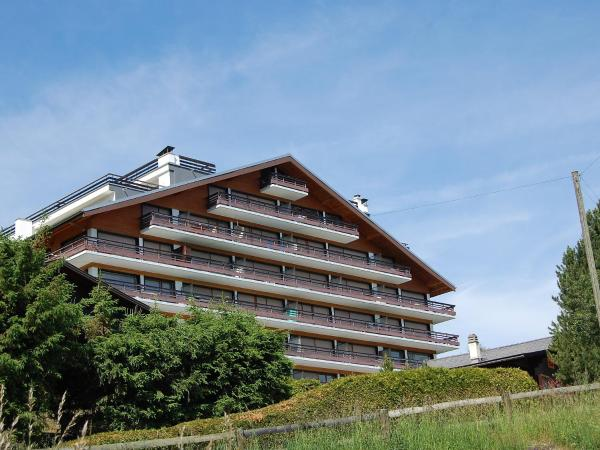 Hotel Pictures: Apartment Panoramic G4, Nendaz