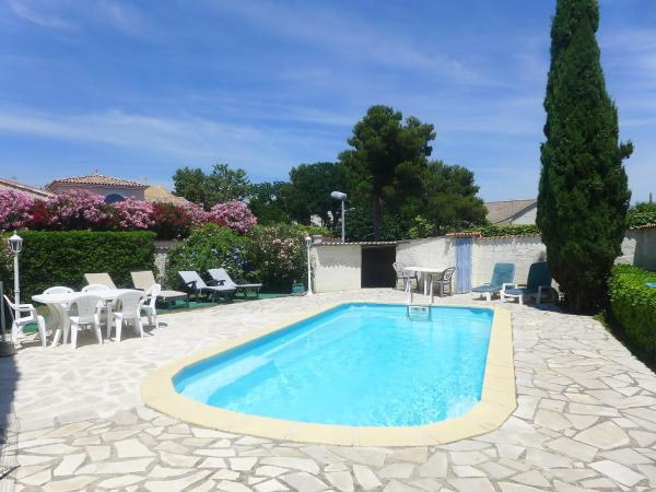 Hotel Pictures: Holiday Home Benitour, Pérols