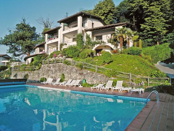 Hotel Pictures: Apartment Miralago (Utoring).12, Piazzogna