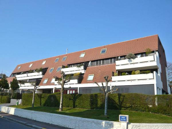 Hotel Pictures: Apartment Olympe.2, Cabourg