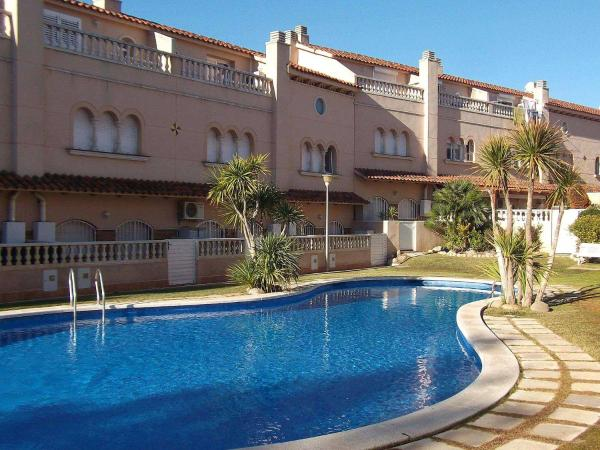 Hotel Pictures: Holiday Home N° 21, El Vendrell