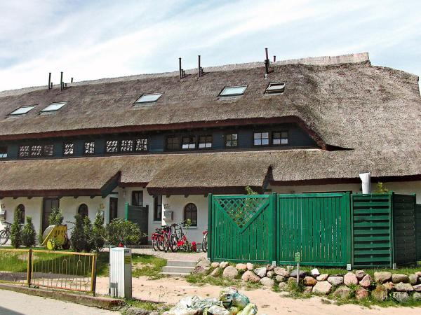 Hotel Pictures: Holiday Home Boddenstrasse.4, Groß Zicker