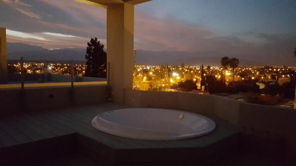Hotel Pictures: Apartamento Reyes Catolicos, Salta