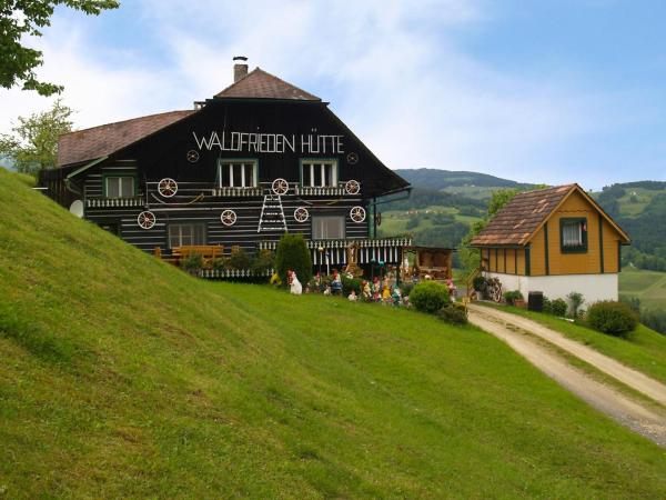 Hotelbilder: Holiday Home Waldfriedenhütte, Lading
