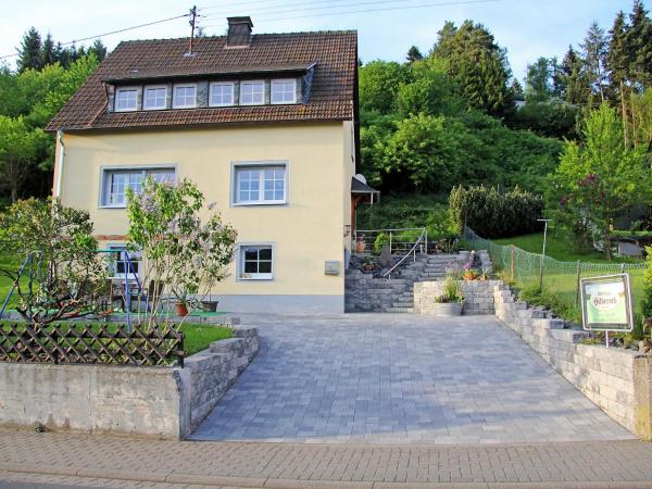 Hotelbilleder: Holiday Home Hilberath, Adenau