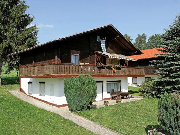 Hotel Pictures: Holiday Park Am Hohen Bogen.15, Arrach