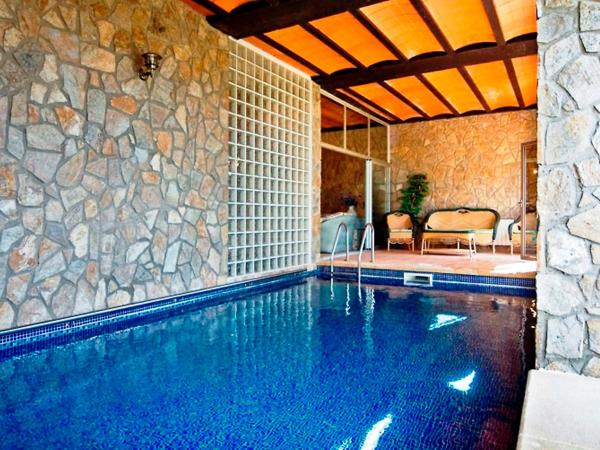 Hotel Pictures: Holiday Home La Magnifica, Maçanet de la Selva