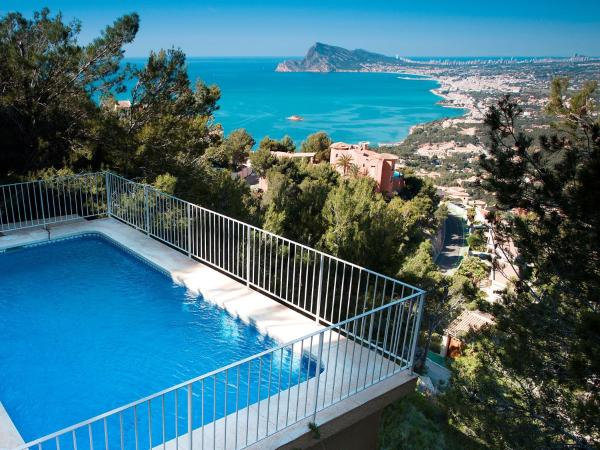 Hotel Pictures: Holiday Home Kristina, Altea